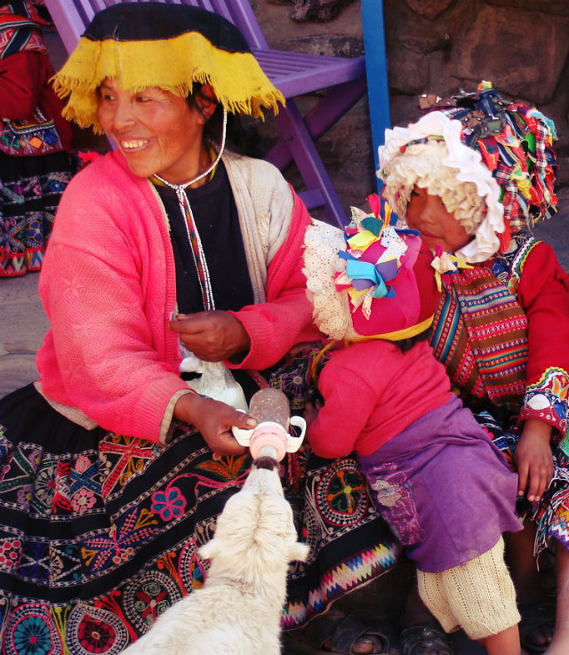 Boutique South America Peru Ollantaytambo locals