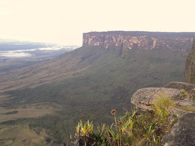 mount-roraima-venezuela-mystic-south-america