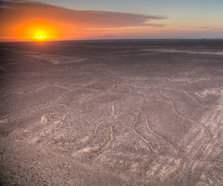 peru-travel-nazca-lines-in-the-beautiful-sunsets-mystic