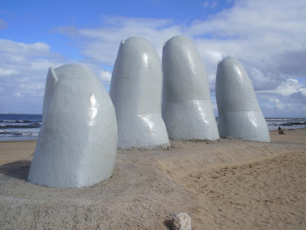 Los Dedos Playa Brava Beach Uruguay