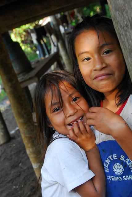 hakuna-matata-lodge-ecuador-locals