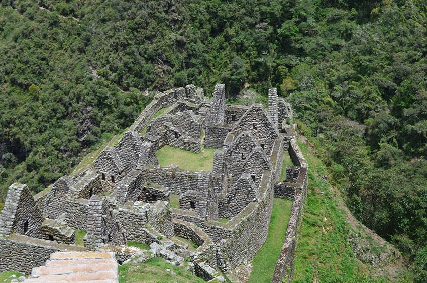 inca-trail-to-machu-picchu-trek
