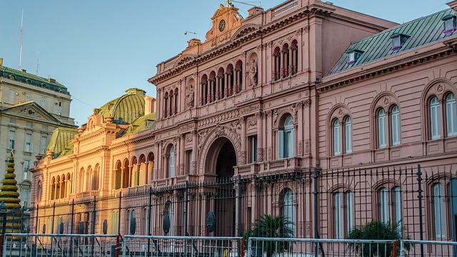 argentina-travel-buenos-aires-pink-palace