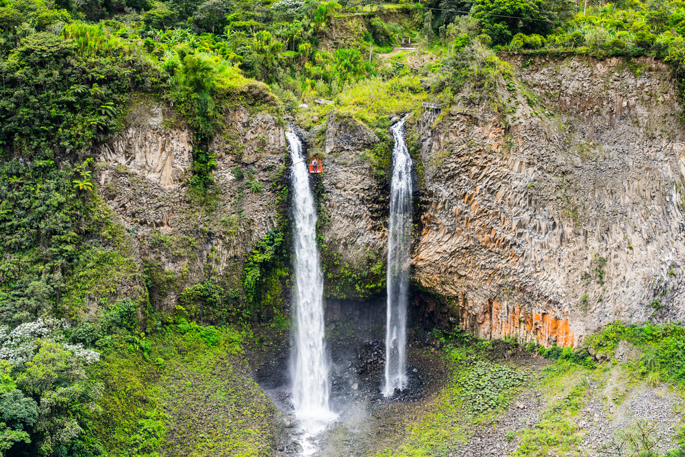 bridal-veil-waterfall-banos-ecuador-south-america-falls