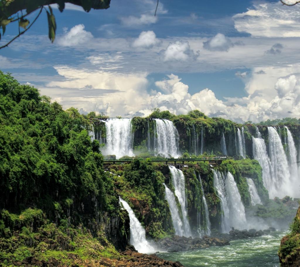 iguazu-falls-iguassu-south-america-waterfalls-best