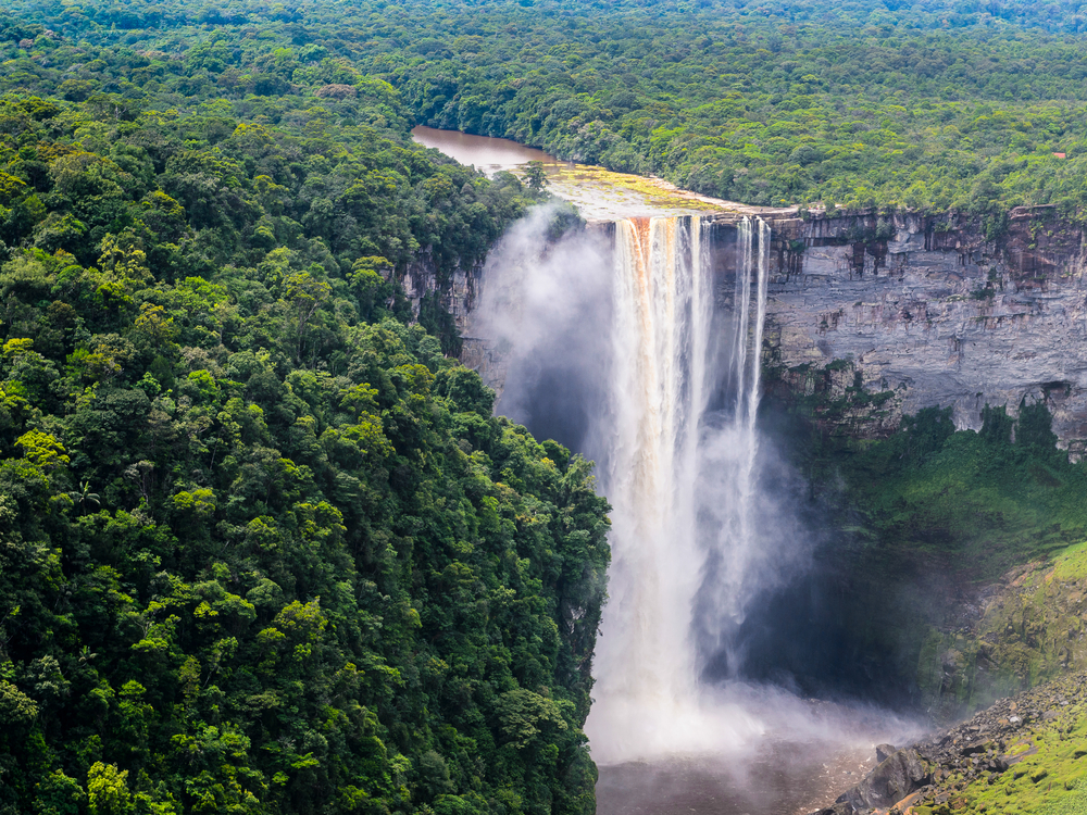 kaieteur-falls-guyana-south-america-waterfalls